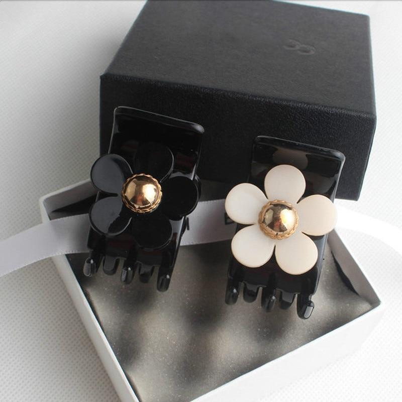 Flower Hair Claws For Women Hair Barrette Hairpin Crab Hair Claw Clips For Girls Hair Accessories Headwear Ornament WM2