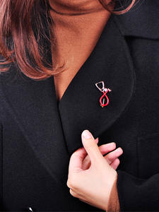 Blucome Brooch Pins-Accessories Jewelry Stethoscope-Shape Nurse Gifts Black Enamel Lapel-Pin