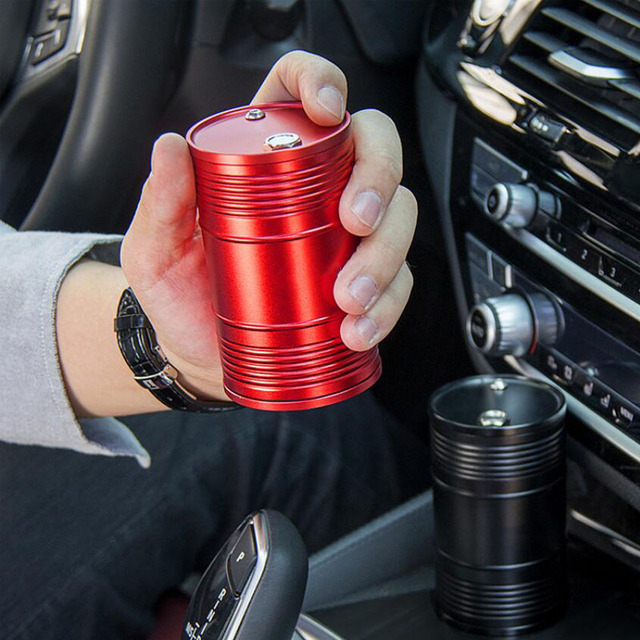 2019Hot Creative Metal Car Ashtrays Alloy With Lid Rotating Holder Cigarette Smoke Cup Portable Auto Car Smokers Cup Accessories