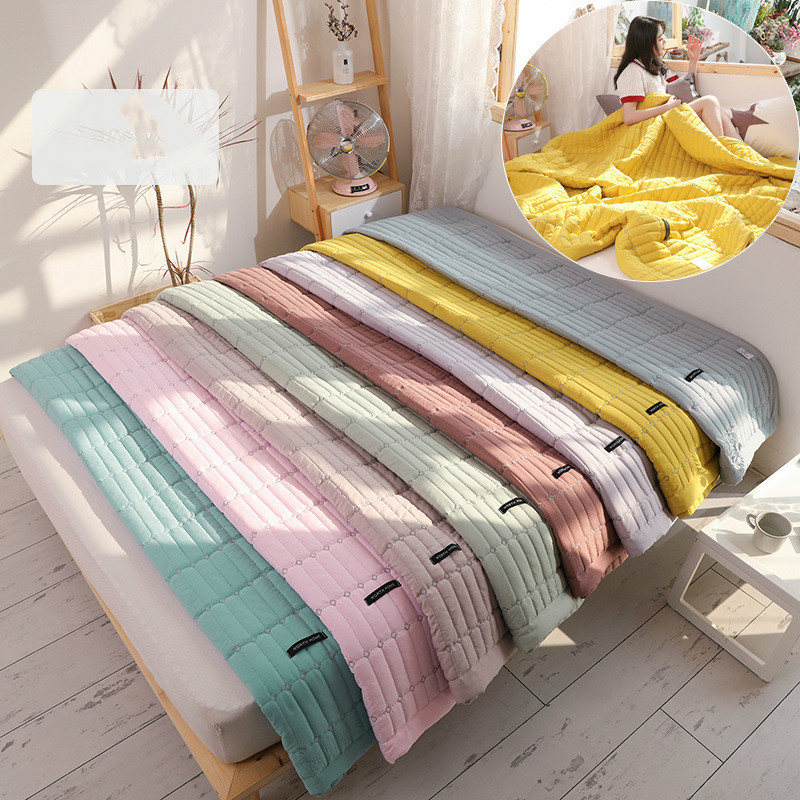 Fresh Color Quilted Embroidered Summer Cool Quilt Blanket Single Double Feather Velvet Thin Cover Spring And Summer New LB42802