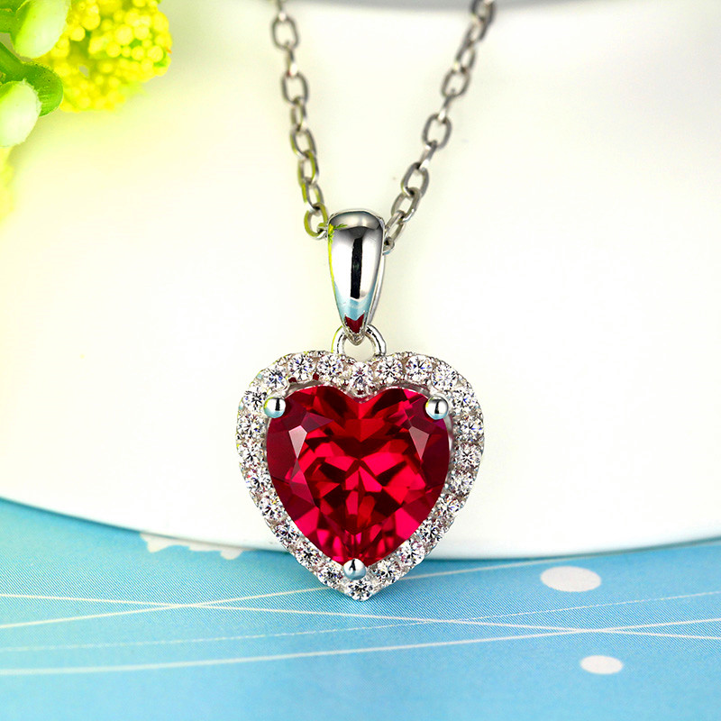 Elegante Weibliche Rot Blau Kristall Stein Halskette Nette Silber Farbe Herz Anhänger Halskette Charme Party Hochzeit Halsketten Für Frauen