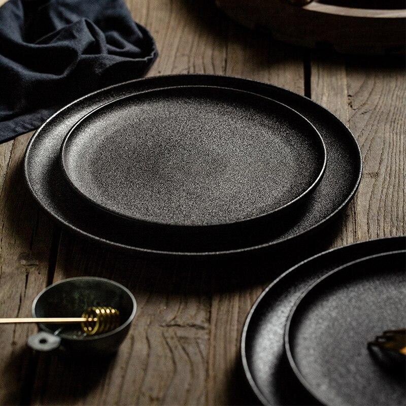 Черная матовая керамическая тарелка, креативная домашняя круглая Квадратная тарелка для завтрака, вечерние тарелки для ресторана, модная простая посуда|Блюдца и тарелки|   | АлиЭкспресс - Посуда для кухни с алиэкспресс