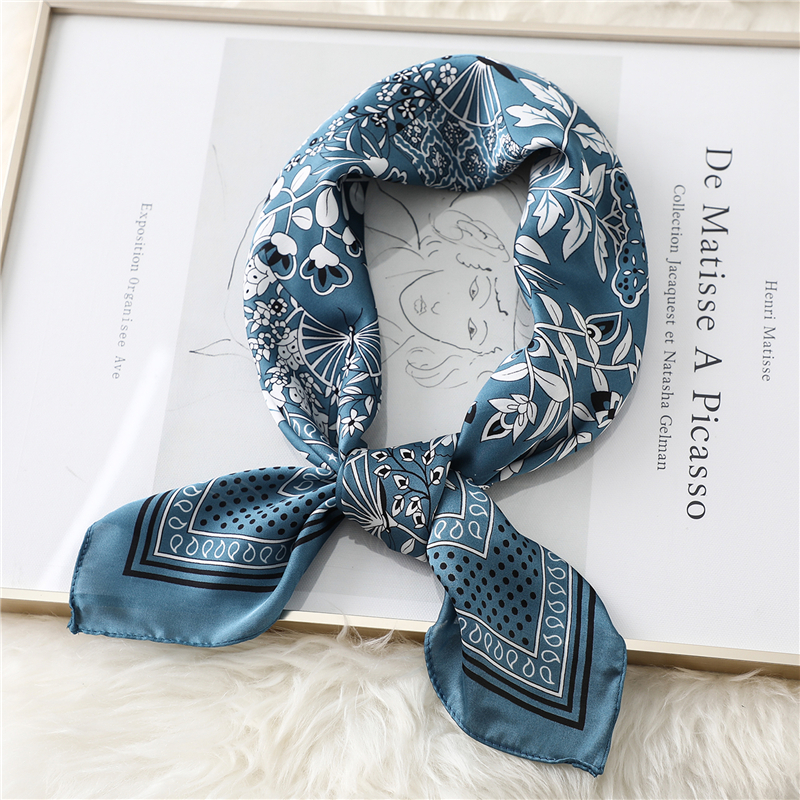 Female Silk Square Scarf Fashion Floral Print Neck Scarves Foulard Women Head Kerchief Bandana Shawls Wraps 2020 Fashion