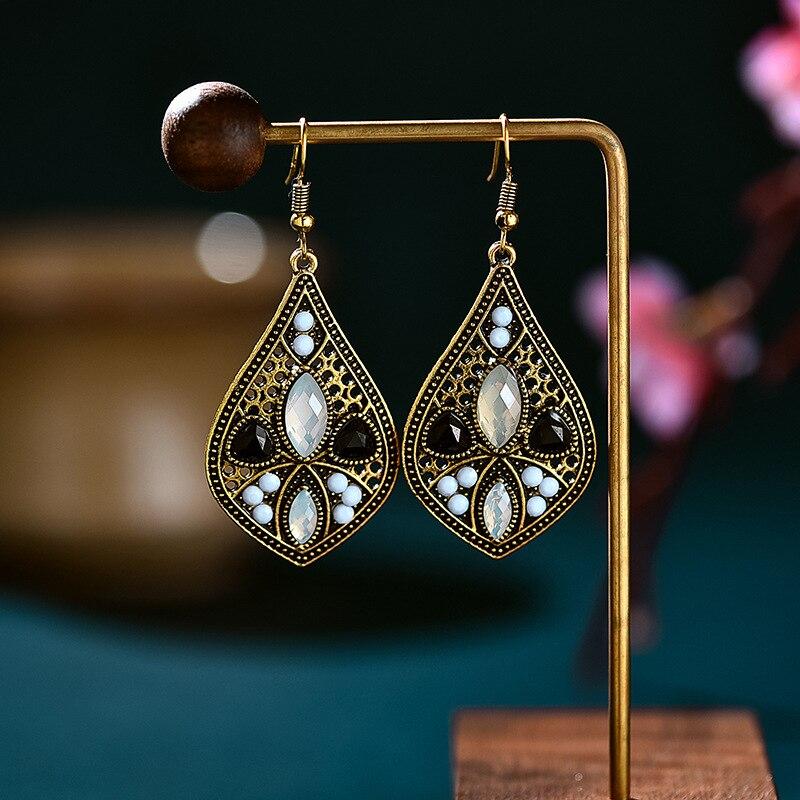 Vintage liga de ouro preto cristal pedra gota água brincos para as mulheres étnico rosa frisado esculpido boêmio brincos jóias indianas