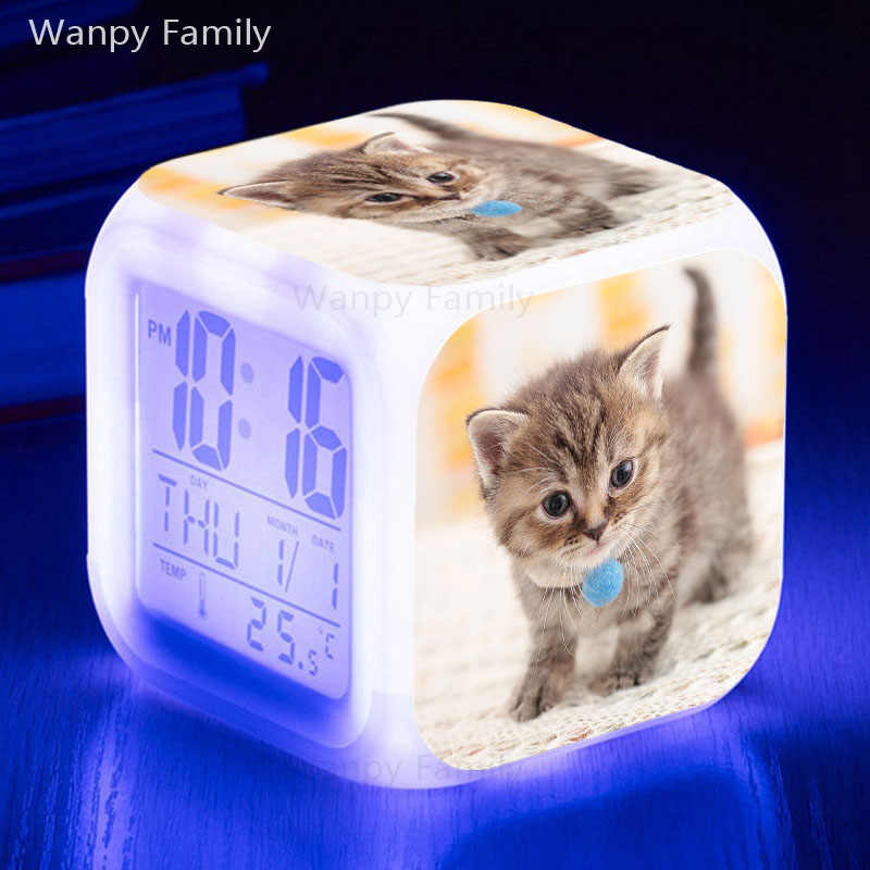 Reloj despertador de gato muy bonito 7 colores brillantes Multifunctio LED reloj despertador gran pantalla táctil reloj Digital