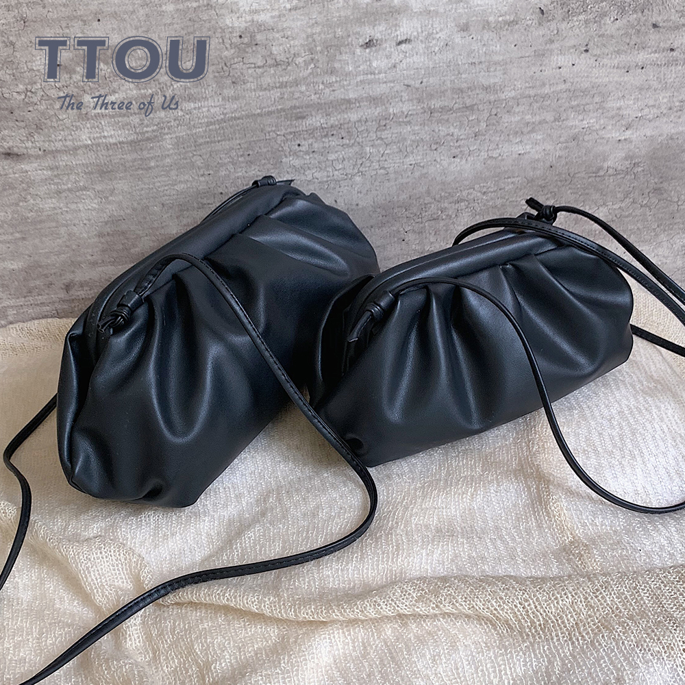 TTOU Fashion Elegant Clutch Evening Party Bag Women Big Ruched Pillow Bag Leather Korea Pouch Handbag White Black Bag Brand