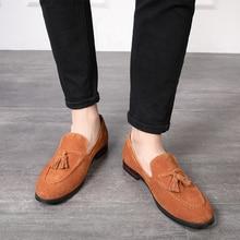 Мужские замшевые лоферы с бахромой, коричневые дизайнерские деловые туфли на плоской подошве, повседневные слипоны, большой размер 38  47, весна осень 2020