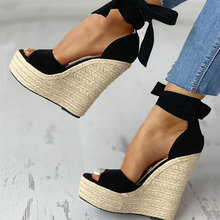 цена SARAIRIS 2020 Sexy Platform Straw Wedges High Heels Shoes Sandals Woman Sexy Summer Party ankle-wrap Shoes Woman Sandals онлайн в 2017 году