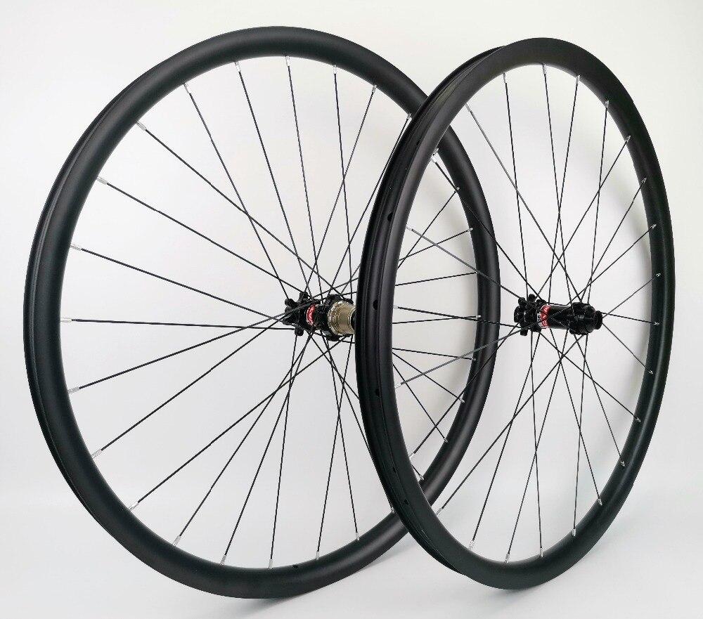 "original genuine Novatec wheels hubs oval bumper sticker decal NEW 4/"" x 2/"""