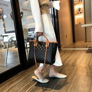Image 4 - 2019 Large Shoulder Bag Women Travel Bags Leather Pu Quilted Bag Female Luxury Handbags Women Bags Designer Sac A Main Femme
