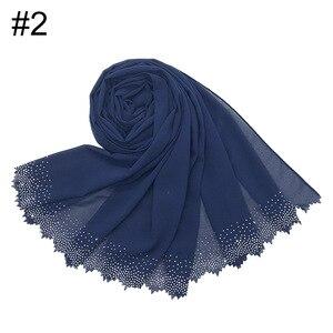 Image 4 - Новинка, популярный шифоновый платок мусульманский, хиджаб, длинный платок с бриллиантами и жемчугом, малайзийская шаль