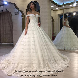 Vestido de Novia Luxury Lace Beaded Boho Wedding Dress 2019 Sexy Off Shoulder Ball Gown Bridal Dresses with Sleeves Robe Mariage