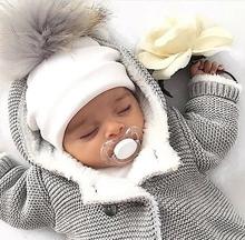 Dziecięce bawełniane czapki dziecięce pom pom rekwizyty fotograficzne nowonarodzone dziecięce czapka dla dzieci chłopiec akcesoria maluch dziewczyna czapka bonnet czapki dla dzieci tanie tanio PKSAQ COTTON Faux futra Regulowany Unisex Stałe 0-3 miesięcy 4-6 miesięcy 7-9 miesięcy 10-12 miesięcy 13-18 miesięcy