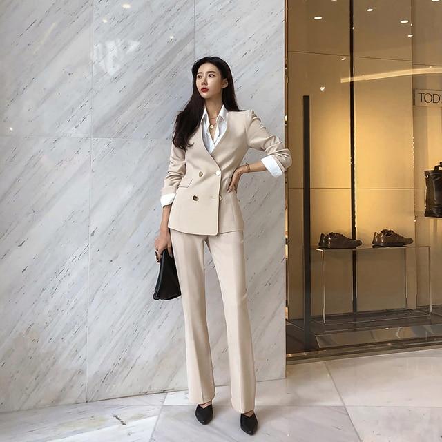 Женский офисный брючный костюм  3