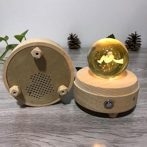 Image 5 - Caixa de música de madeira luminosa, caixa de música bluetooth com rotação, bola de cristal, música, lua com projetor, luz para aniversário, natal e ano novo, presente