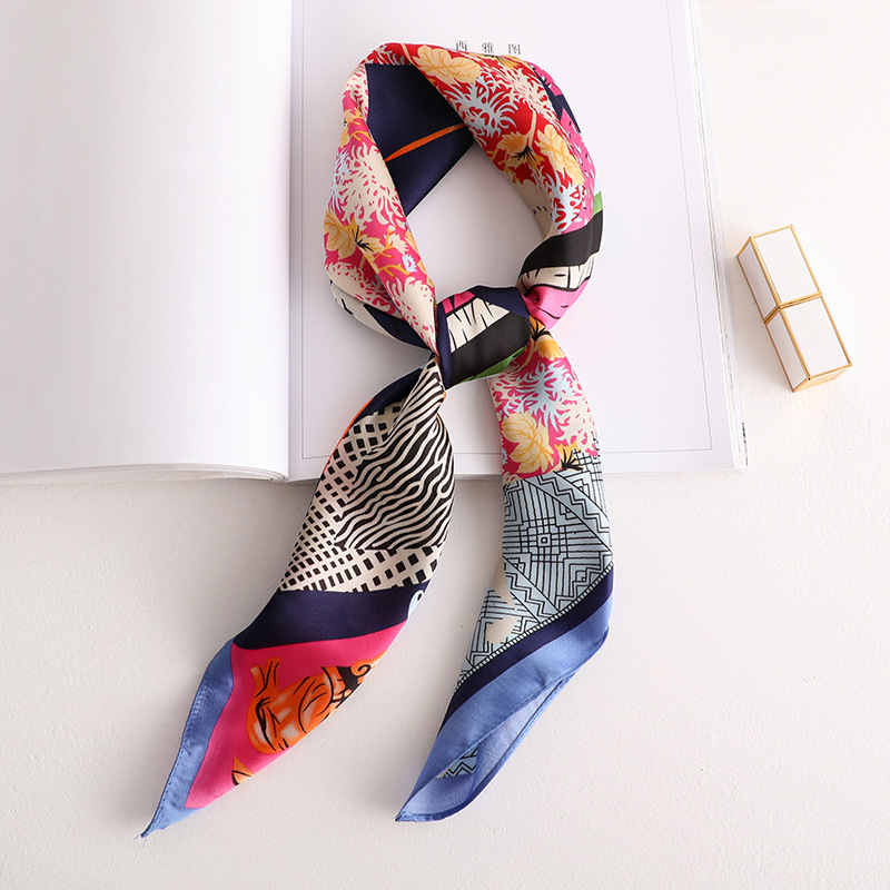 2020 New Women's Silk Scarf Fashion Colorful Printed Bandana Lady Square Scarves Soft Bags SCARF Shawl