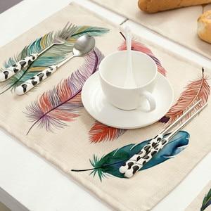 Image 2 - Bird Featherพิมพ์PlacematตารางการรับประทานอาหารMats Pad Coasterตารางผ้ากันน้ำอุปกรณ์ตกแต่งห้องครัวHome Hotel
