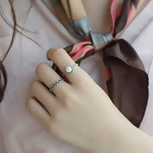 Hot sale fashion 2PCS/set Vintage Antique Silver Twisted Woven Inset Imitation Pearl Opening Rings Sets For Girl Simple Rings(China)