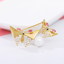 Zircon Brooch Is The Latest Women's Accessory For Cute Animals Butterfly Brooch Fashion Charm Children's Lapel Pin Mother's Day rhinestoned butterfly brooch