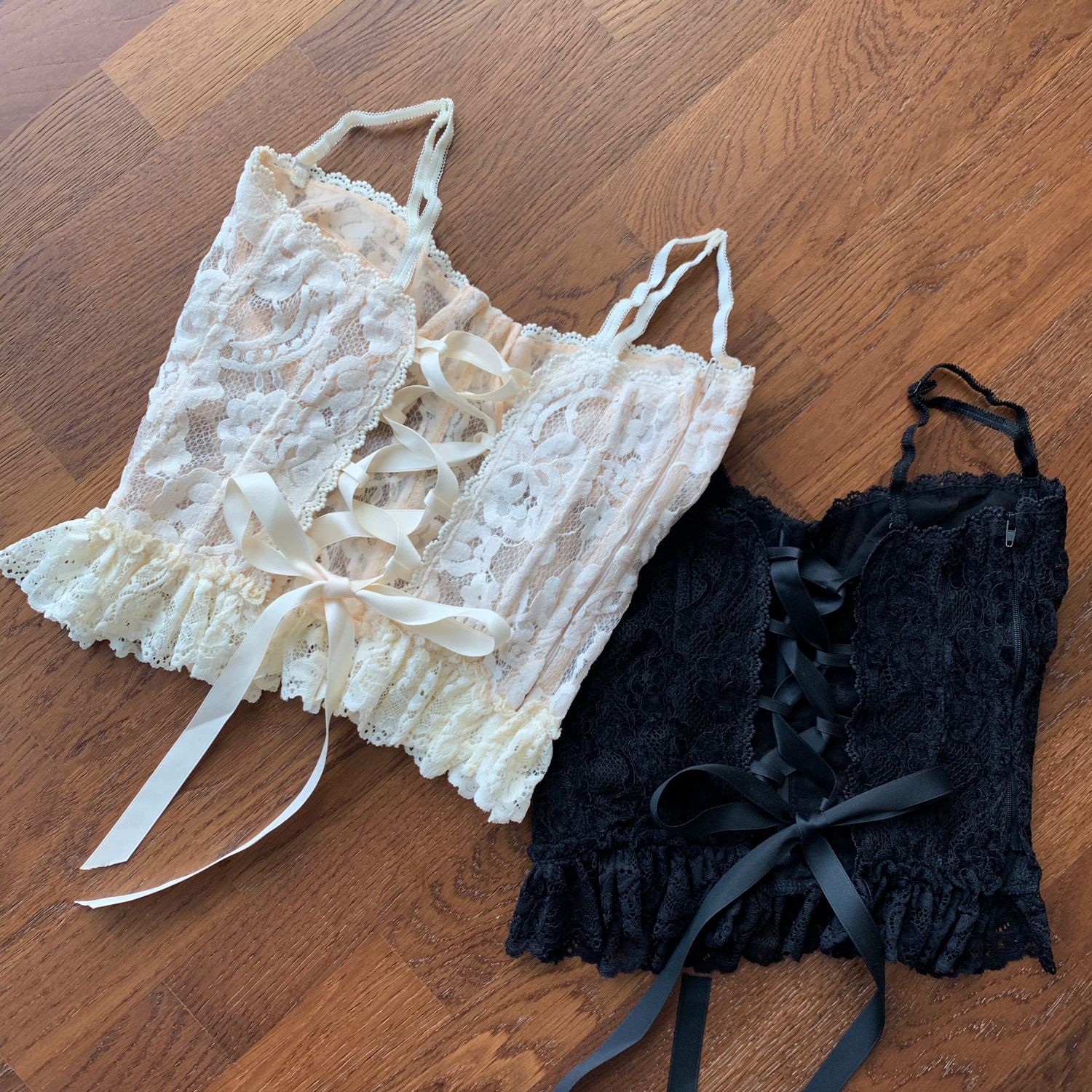 <font><b>Crop</b></font> <font><b>Top</b></font> Woman 2020 Spring Summer <font><b>Sexy</b></font> Lace Straps Hollow Flower <font><b>Crochet</b></font> Lace-up Lace Frill Spaghetti-Strap Women's Camisole <font><b>Top</b></font> image