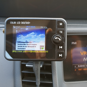 Image 4 - Mini DAB récepteur de Radio numérique Bluetooth MP3 lecteur de musique adaptateur émetteur FM écran LCD coloré pour accessoires de voiture