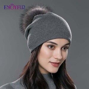 Image 3 - Kadın kış şapka yün örme kasketleri kap gerçek doğal tilki kürk ponpon şapkalar katı renkler gorros kap kadın rahat şapka