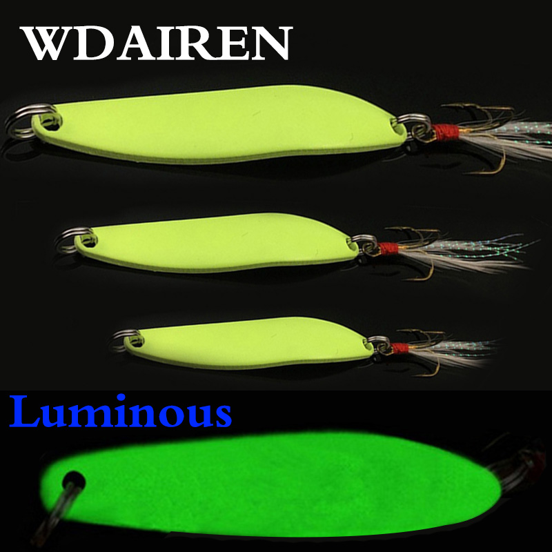 1Pcs Luminous Metal Fishing Lure Spinner Spoon Bait 5g 7g 10g 13g For Trout Pike Feather Treble Hook Lures Pesca Fishing Tackle