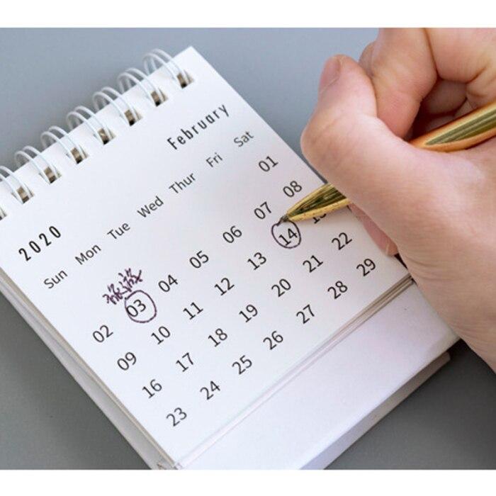 Recém 2020 calendário de mesa dobrável flip