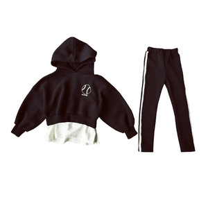 Image 2 - High Quality New Spring Fall Teens Girls Sports Set Female Kids Casual Sweater Suit Children Clothes Teenagers Tracksuits CA578