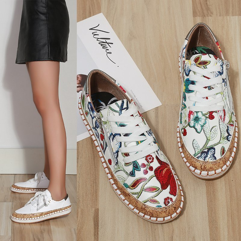 2021 New Spring And Autumn Women's Casual Shoes Chinese Fashion Style New Flower Side Zipper Single Shoes Large Size Loafers
