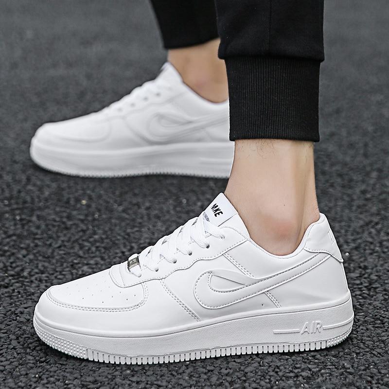 2020 Hot Sale Men Sneakers Women Casual Vulcanized Shoes Student Board Shoes Man Women Outdoor Walking Flat Sheos Tenis Feminino
