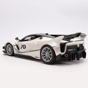 Image 4 - 1:18 Schaal Top Versie Voor Ferraried Fxxk Sport Auto Model Diecast Legering Auto Speelgoed Model Met Stuurbediening Met doos