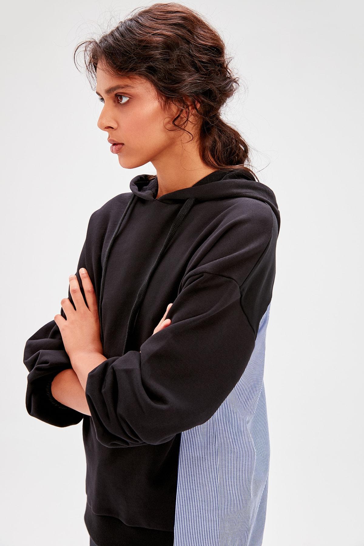 Trendyol Black Woven Detaylı Knitted Sweatshirt TWOAW20SW0057