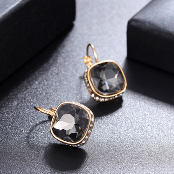 Round Vintage Drop Earrings Earrings Jewelry Women Jewelry Metal Color: EH1598