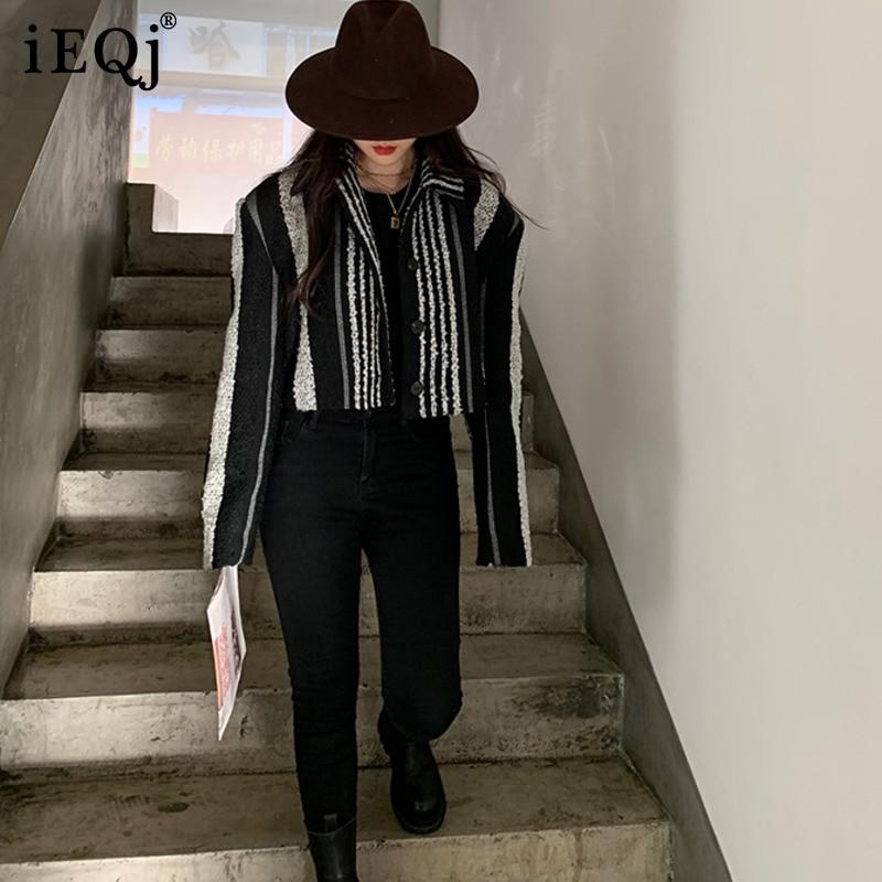 IEQJ Women Fashion Vintage Striped Casdual  Short Wide-shoulder Woolen Coat 2021 Winter Knitted Tweed Loose Profile Top 3F0769