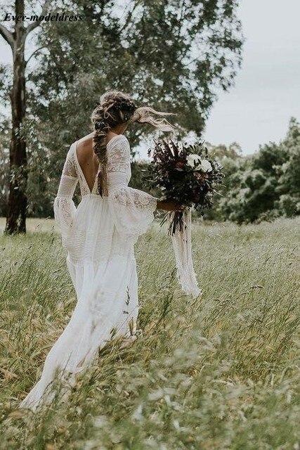 Lace Boho Wedding Dresses Long Sleeves A-Line Backless Sweep Train Pleats Beach Bridal Gowns Bride Dress Vestido de noiva 2
