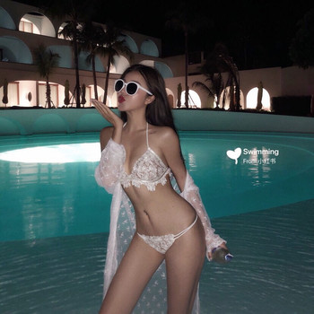 Traje de baño de aguas termales de estilo de hadas de encaje pequeño busto Sexy Bikini en línea de INS