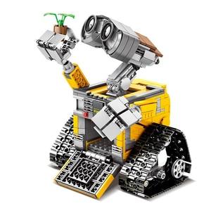 Image 3 - 695PCS Building Blocks Creator Serie Idea Robot Blocks WELL E Action Figures Creators Building Blocks Compatible Technic  Toys