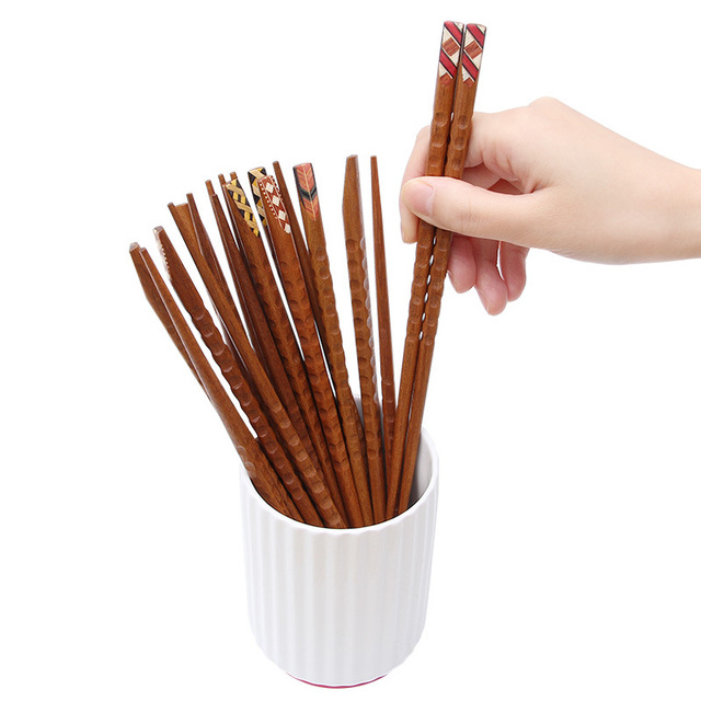 Фото 3 пары корейских японских палочек для еды из твердой древесины цена