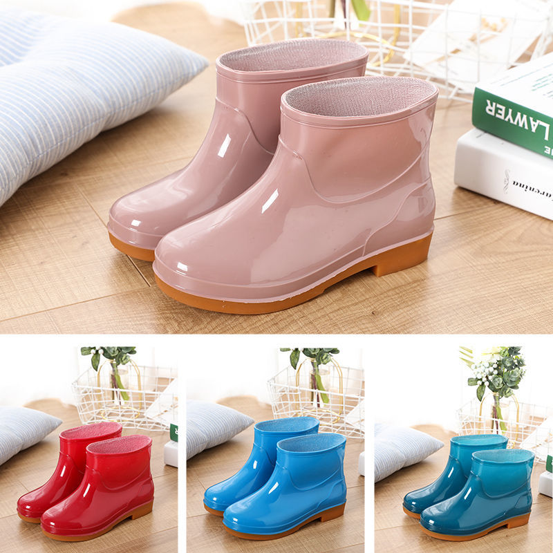 Solid Rain Boots Woman Water Shoes Women Slip On Keep Warm Non-slip Boots Wash The Car Boots Washing Shoes