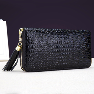 Image 3 - COMFORSKIN Brand European and American Crocodile Pattern Female Purses Luxurious Genuine Leather Women Long Organizer Wallets