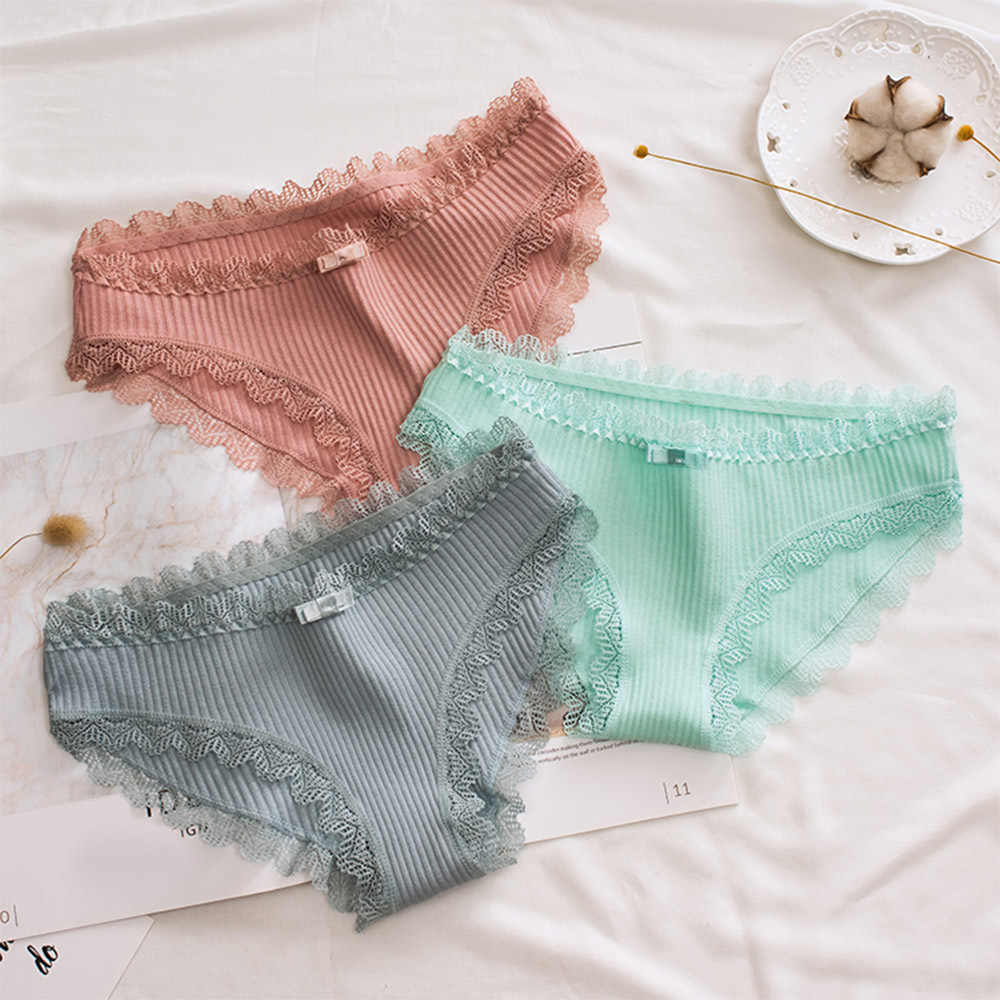 Women Underwear Cotton Comfortable Summer Girls Casual Sexy Panties Briefs Lace Edge Underpants Breathable Women's Briefs