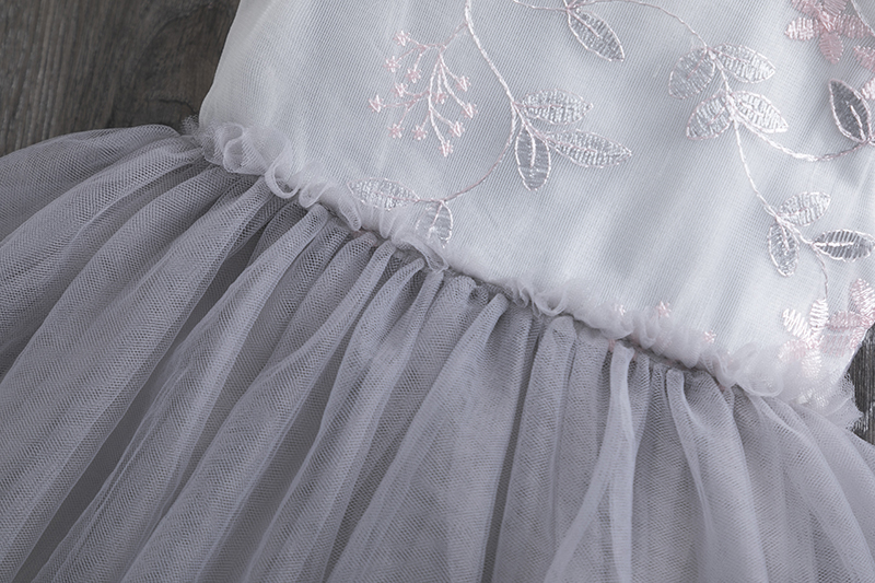 H77e49c7da2de4099b3a51bf5ead25007Q Lace Little Princess Dresses Summer Solid Sleeveless Tulle Tutu Dresses For Girls 2 3 4 5 6 Years Clothes Party Pageant Vestidos