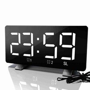 Image 1 - الرقمية LED ساعة تنبيه مرآة متعددة الوظائف غفوة الوقت عرض قابل للتعديل الإضاءة راديو FM ساعة الطاولة الوقت ساعة مكتب الذاكرة