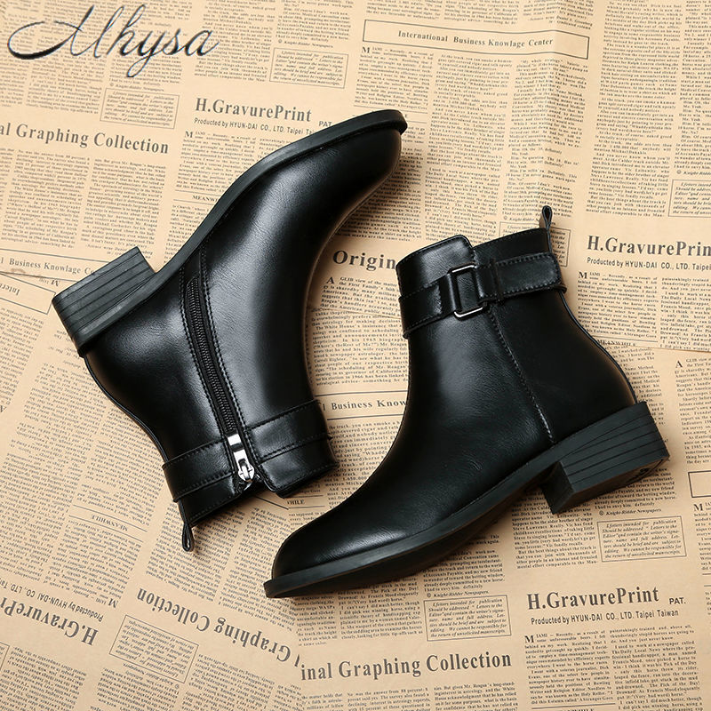 Diplomatic 2020 New Fashion Leather Buckle Ankle Boots Winter Warm For Women Outdoor Casual Leather Boots Women Slip Snow Boots Waterproof