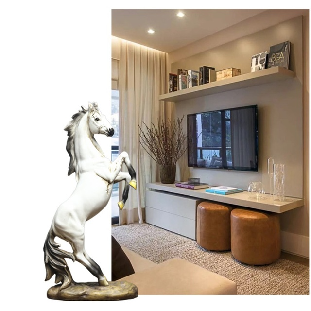 European War Horse Sculpture Statue Resin Home Decoration Accessories Domineering Animal Statue Modern Craft Gift Statue 2
