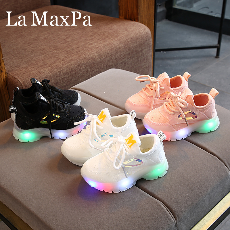 2019 Autumn Glowing Sneakers Boy Sports Laces Mesh Chidlren Casual Shoes Baby  Breathable LED Shoes Flashing Lights Girls Shoes