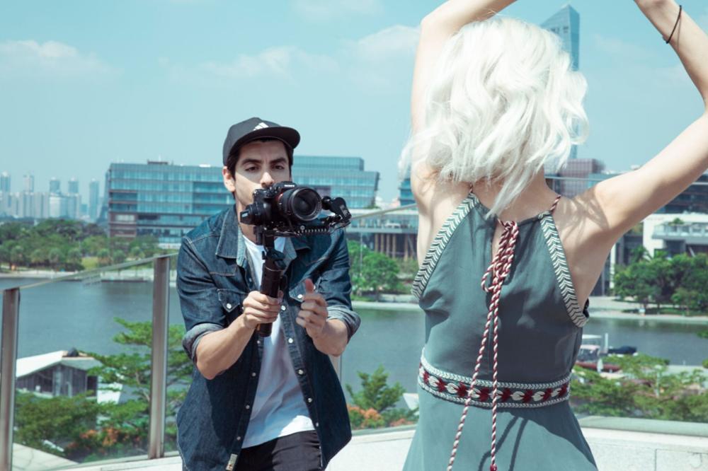 Feiyu Ak2000S Erweiterte Kit 3 Achse handheld Gimbal Stabilisator für Sony Canon Panasonic Nikon Spiegellose und DSLR Digital Kamera