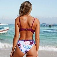 Bikini con realce estampado floral dos piezas Ciruela y Verde 6