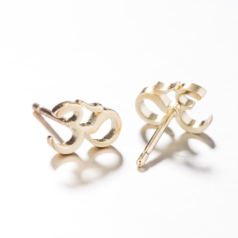 Gold Earring10